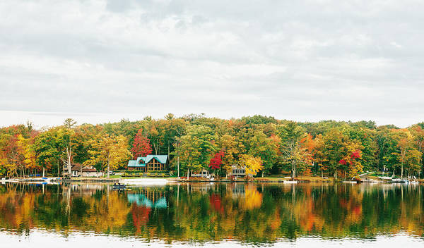 Poconos Wall Art - Photograph - Autumn At The Lake - Pocono Mountains by Vivienne Gucwa