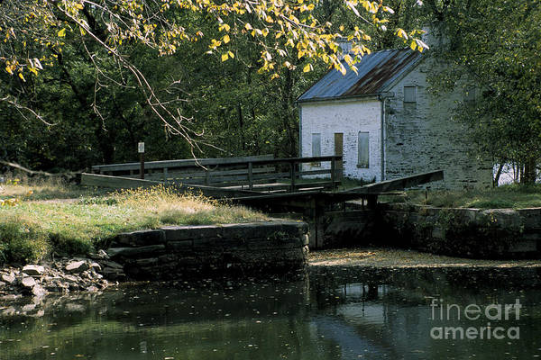 Wall Art - Photograph - Autumn At The Lockhouse by William Kuta