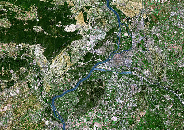 Rhone River Photograph - Avignon by Planetobserver/science Photo Library