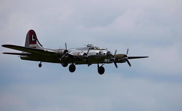 Photograph - B-17 Yankee Lady by Jorge Perez - BlueBeardImagery