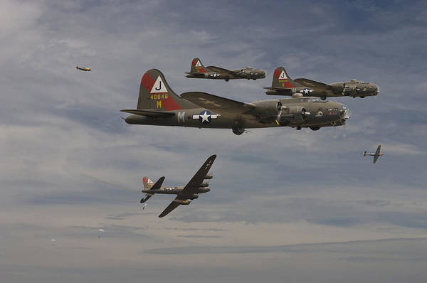 Flying Fortress Photograph - B17 - Down by Pat Speirs