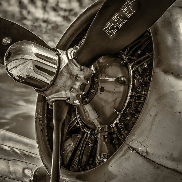 B24 Photograph - B17 Prop by Mike Burgquist