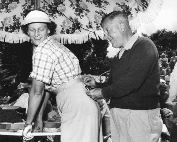 Babe Photograph - Babe Didrikson Gets Pinned by Underwood Archives