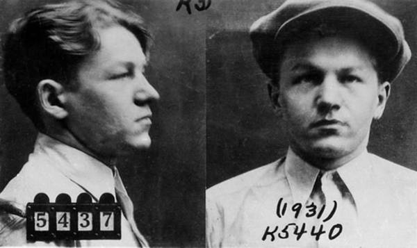 Photograph - Baby Face Nelson, American Gangster by Science Source