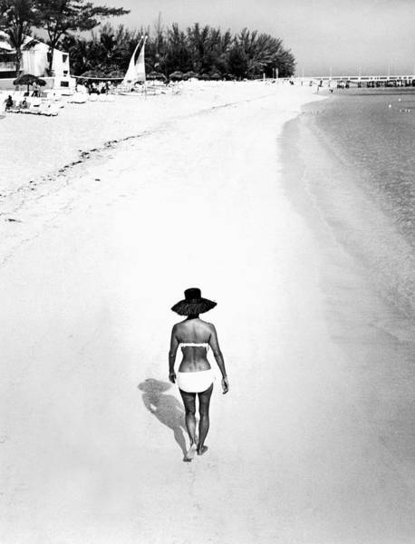 Wall Art - Photograph - Bahama Island Beach by Underwood Archives