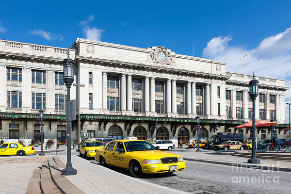 Photograph - Baltimore Pennsylvania Station IIi by Clarence Holmes