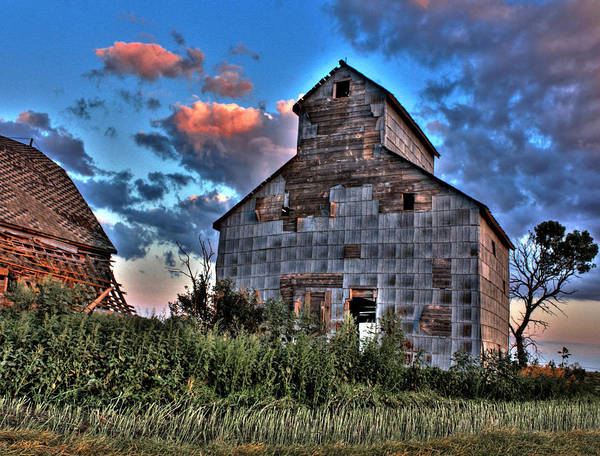 Photograph - Barn by David Matthews