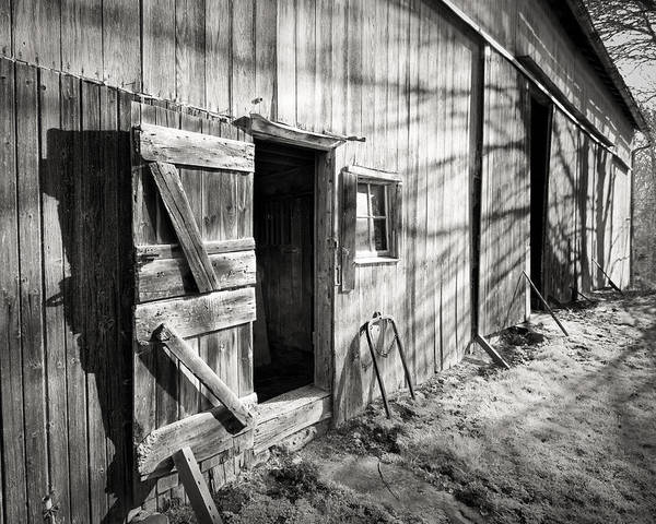 Photograph - Barn Doors by William Beuther