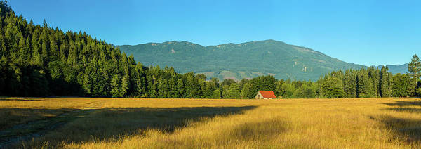 Wall Art - Photograph - Barn On Cascade Road In Rockport by Panoramic Images