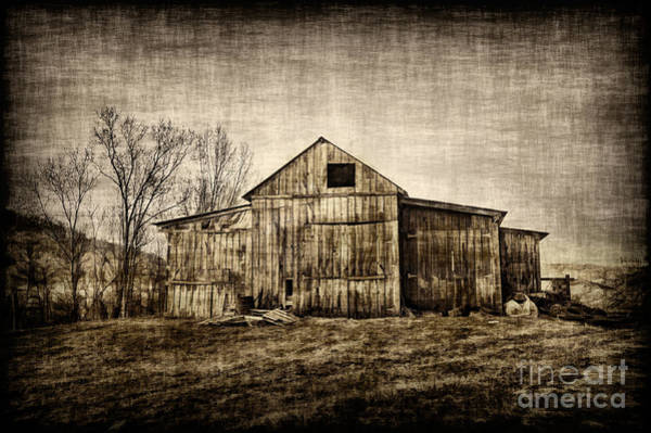 Photograph - Barn On Farm by Dan Friend