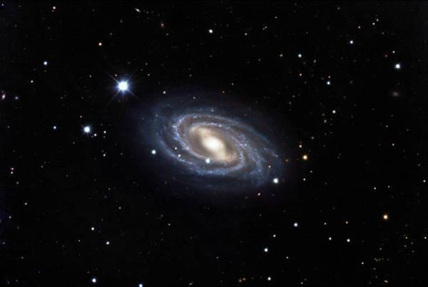 Ursa Major Photograph - Barred Spiral Galaxy M109 by Robert Gendler & Jim Misti/science Photo Library