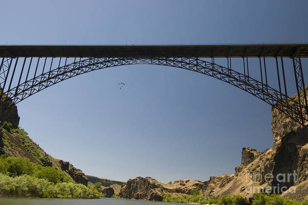 Base Jumping Photograph - Base Jumper, Perrine Bridge Id by William H. Mullins