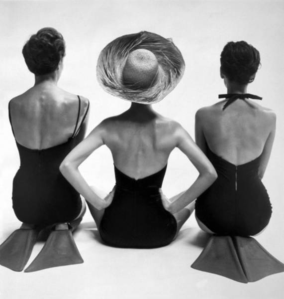 Photograph - Bathing Suit Models by Underwood Archives