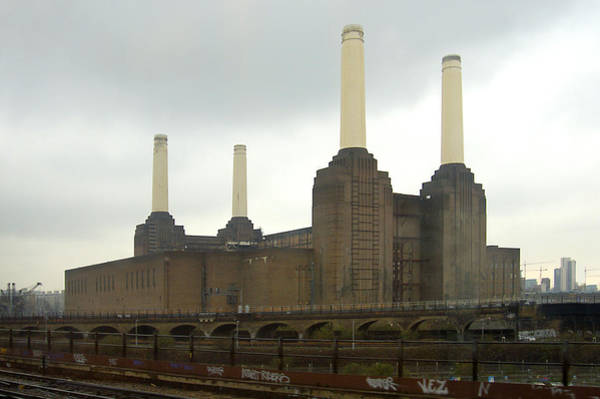 Power Station Wall Art - Photograph - Battersea Power Station - London by Mike McGlothlen