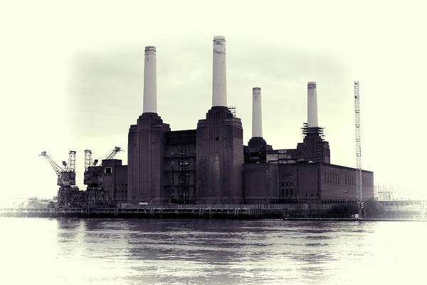 Power Station Wall Art - Photograph - Battersea Power Station Vintage by Jasna Buncic