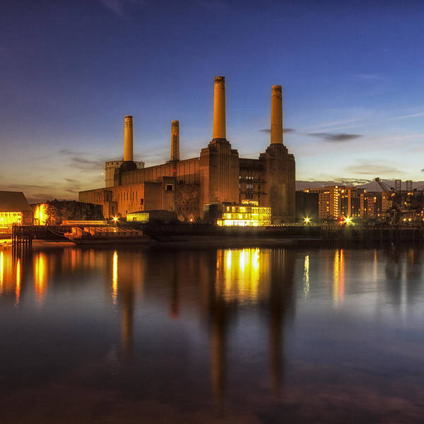 Power Station Wall Art - Photograph - Battersea Twighlight by Ian Hufton