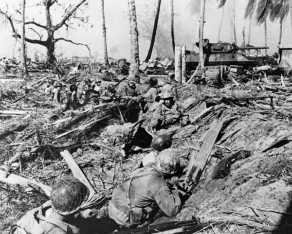 Wall Art - Photograph - Battle Of Kwajalein, 1944 by Granger