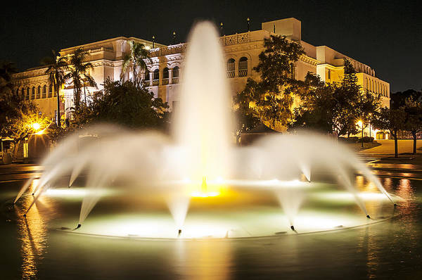 Photograph - Bea Evenson Fountain At Night by Lee Kirchhevel