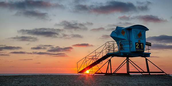 Guard Tower Wall Art - Photograph - Beach Tower Wide Screen by Peter Tellone