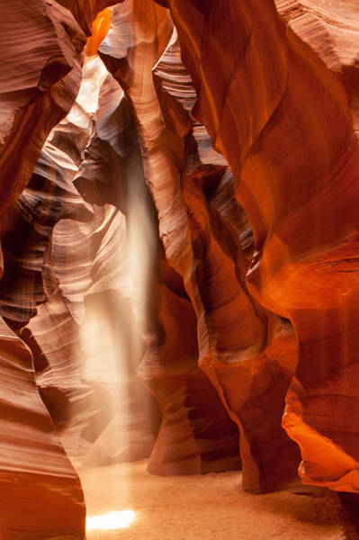 Beam Of Light In Upper Antelope Canyon Art Print