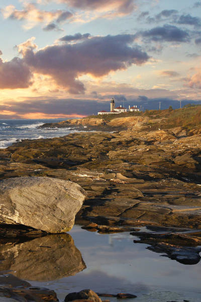 Wall Art - Photograph - Beavertail Lighthouse by Richard Trahan