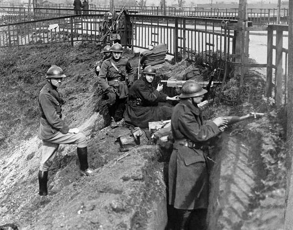 Photograph - Belgian Troops In Ruhr by Underwood Archives
