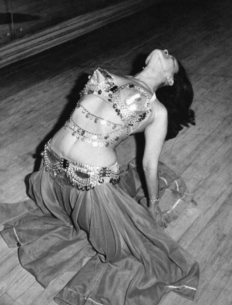 Belly Dancers Photograph - Belly Dancing School Student by Underwood Archives