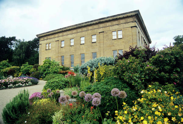 Castle Garden Photograph - Belsay Hall by Ian Gowland/science Photo Library