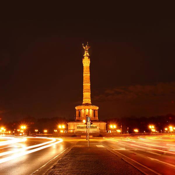 Photograph - Berlin - Victory Culumn by Marc Huebner
