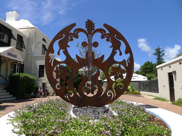 Photograph - Bermuda - Lennon Double Fantasy by Richard Reeve