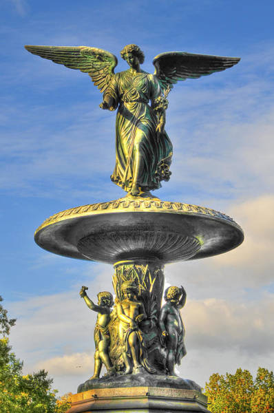 Bethesda Fountain Photograph - Bethesda Fountain Angel Statue by Randy Aveille