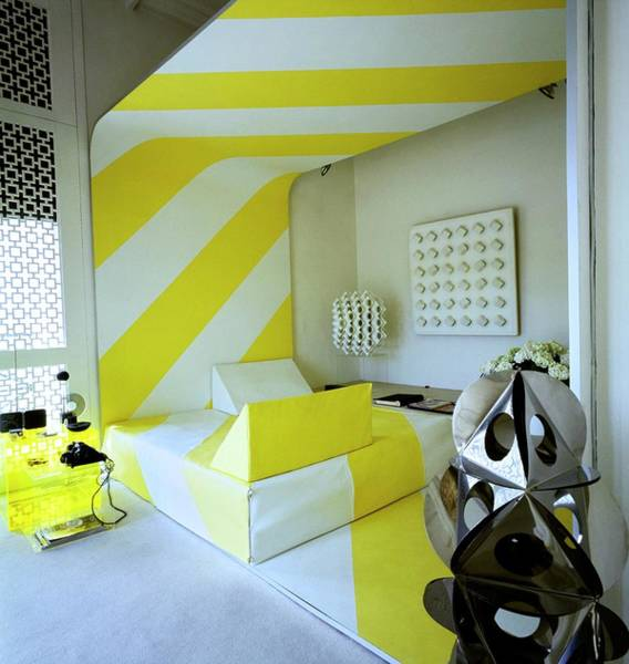 Wall Art - Photograph - Betty And Francois Catroux's Bedroom by Horst P. Horst