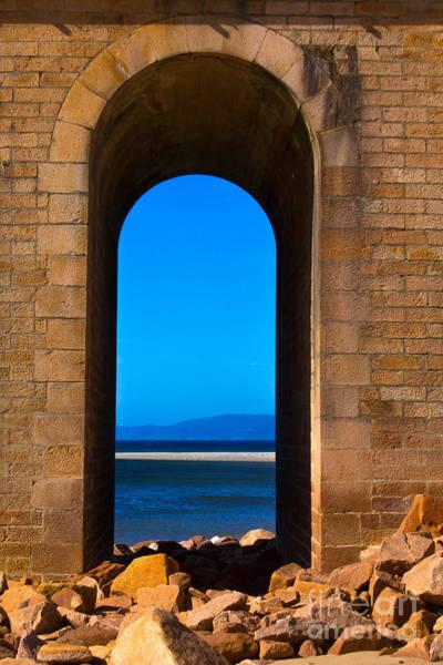 Photograph - Between Sea And Sky by Edgar Laureano