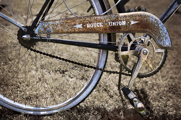 Rusty Chain Wall Art - Photograph - Bicycle Gears by Debra and Dave Vanderlaan