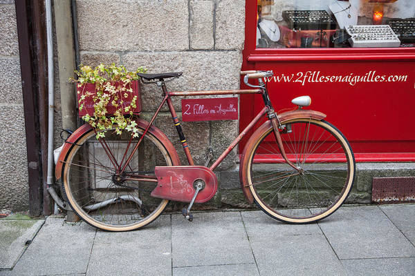 Wall Art - Photograph - Bicycle In Dinan by W Chris Fooshee