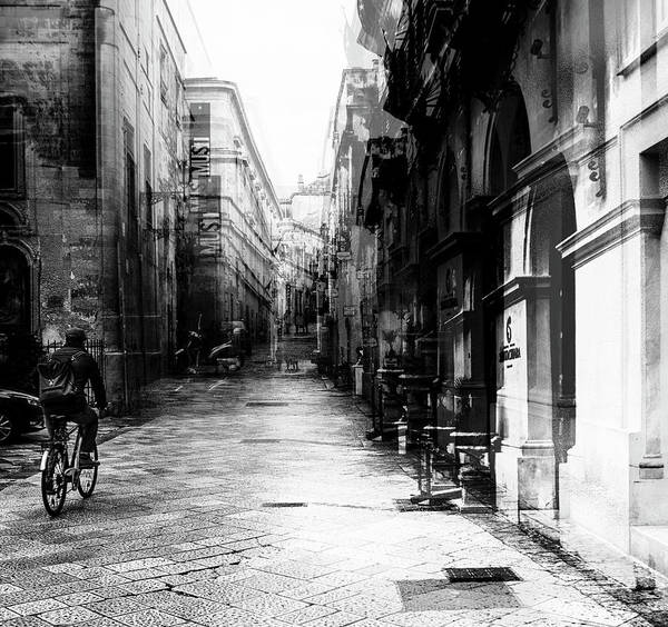Italia Photograph - Bicycle Tour by Carmine Chiriac??