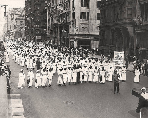 1910s Wall Art - Photograph - Black Silent Protest March by Underwood Archives