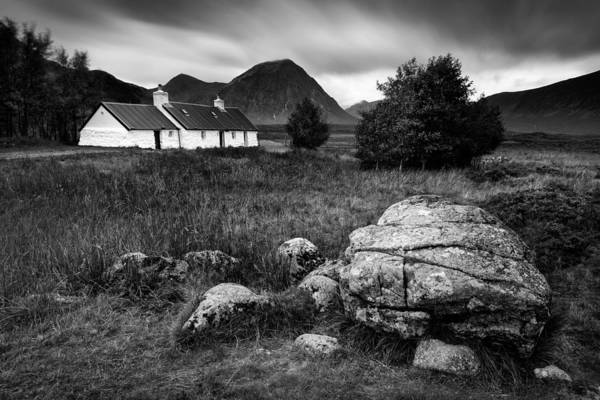 Glencoe Photograph - Blackrock Cottage by Dave Bowman