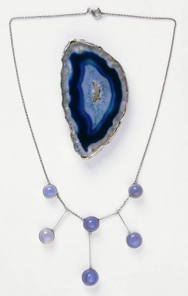 Agate Photograph - Blue Agate Brooch And Necklace by Dorling Kindersley/uig
