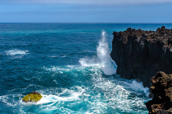 Photograph - Blue Green Ocean Spray by Joseph Amaral