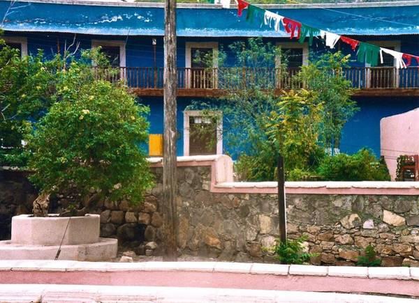 Photograph - Blue House by Ricardo J Ruiz de Porras
