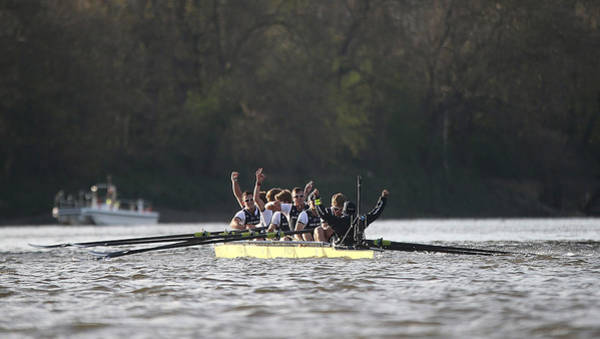 Rowing Wall Art - Photograph - Bny Mellon Oxford V Cambridge by Tom Shaw