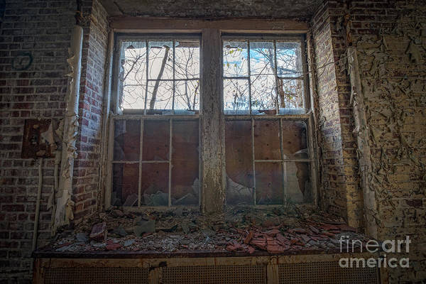 D800 Photograph - Boarded Up by Michael Ver Sprill