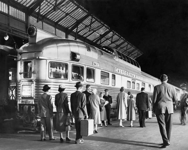Wall Art - Photograph - Boarding The California Zephyr by Underwood Archives