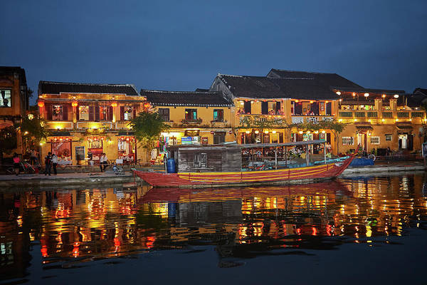 Hoi An Photograph - Boat And Restaurants Reflected In Thu by David Wall