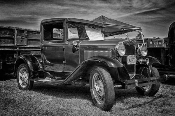 Photograph - Bobby's Baby by Jeff Sinon