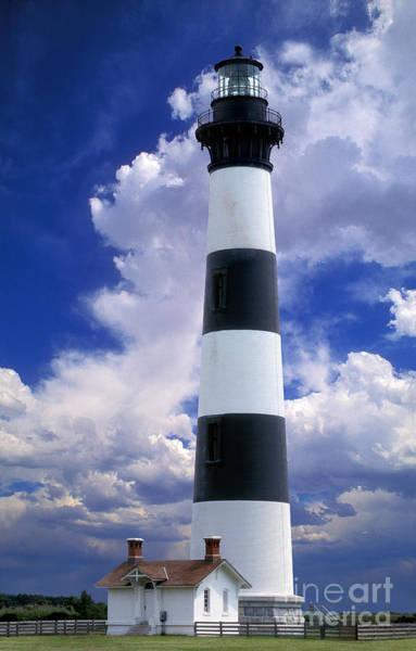 Bodie Digital Art - Bodie Island Lighthouse by Wernher Krutein