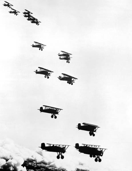 Wall Art - Photograph - Boeing Army Pursuit Planes by Underwood Archives