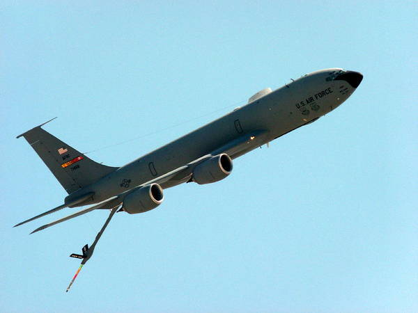 Photograph - Boeing Kc135 Tanker by Jeff Lowe