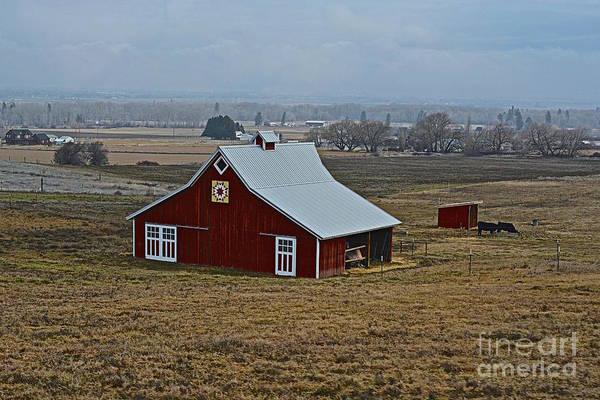 Kittitas County Wall Art - Photograph - Boitano Farm Quilt Barn by Lisa  Telquist